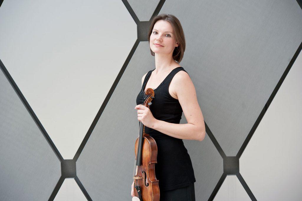 Katrin Meidell, violist